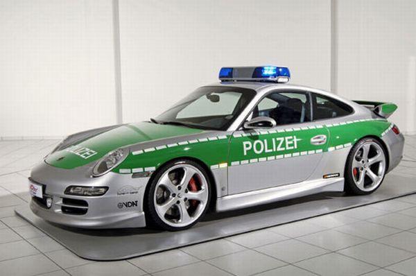porsche-911-police-allemagne-600x398